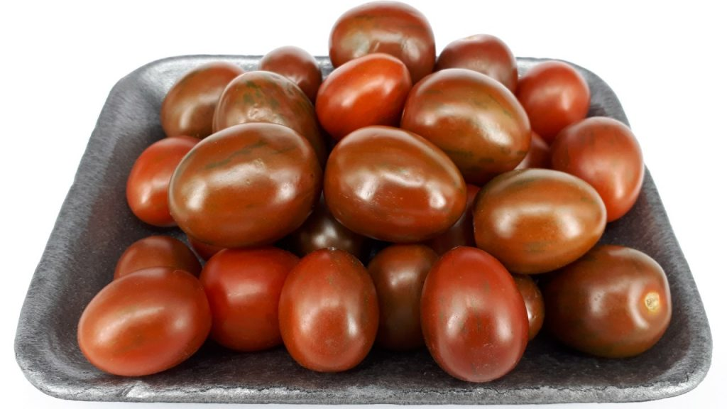 Growing Kumato Tomatoes From Seeds (A Step-by-step Guide)