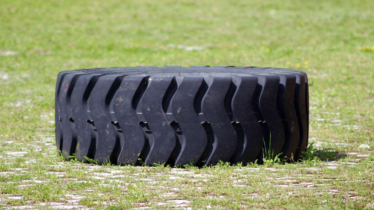 Can You Put A Tube In A Tubeless Tractor Tire?