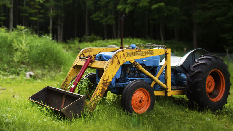 What Loader Fits My Tractor? Find out Here